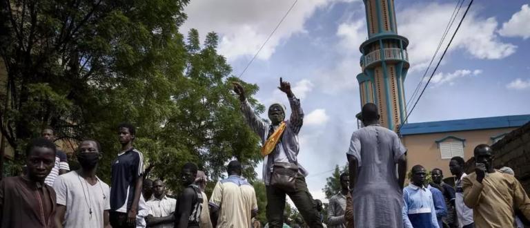 Article : Le Mali atteint du virus de la désobéissance civile
